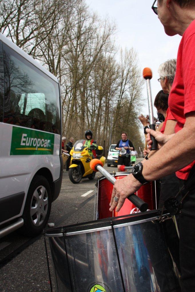 Marathon_Rotterdam_Bezemwagen (14)