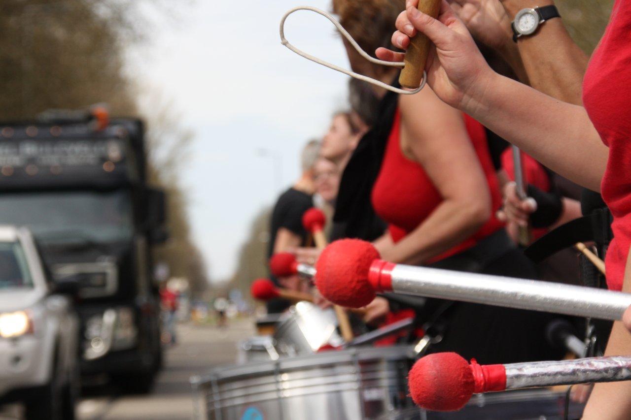 Marathon_Rotterdam_Bezemwagen (36)