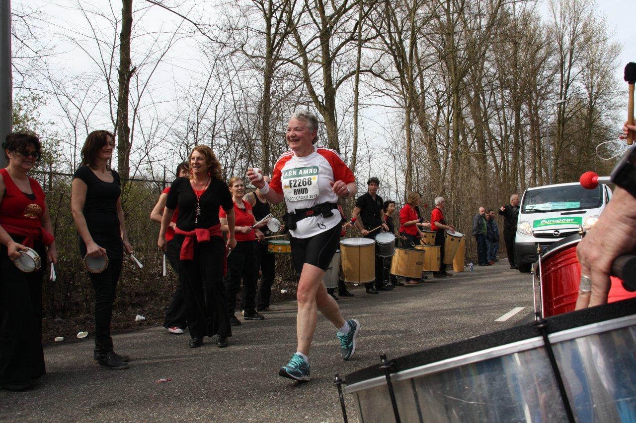 Marathon_Rotterdam_Bezemwagen (9)